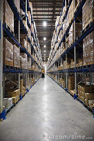 Free Warehouse Aisle Royalty Free Stock Image - 16413356