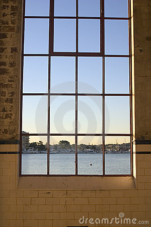 Free Warehouse Window Royalty Free Stock Photography - 1249137