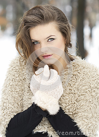 Free Warm Clothes Concept Royalty Free Stock Photos - 28796098
