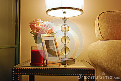 Warm Home Design with Perfect Lighting