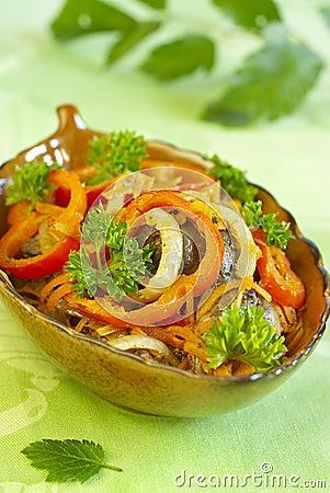 Warm salad from chicken liver