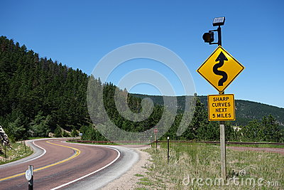 A warning sign for motorists in wyoming.