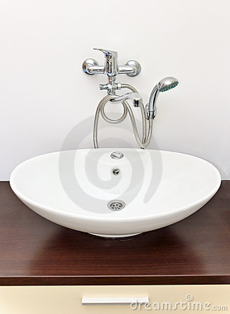 Washbasin with shower