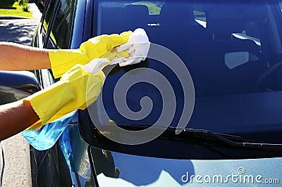 Washing windshield glass