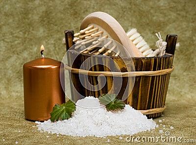 Washtub with bath salt