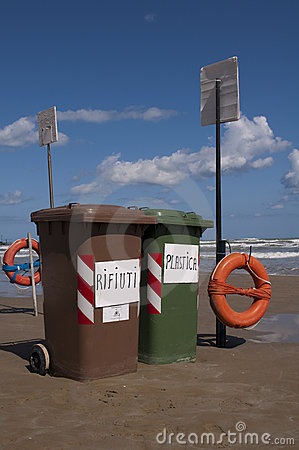Waste Bin Stock Photos - Image: 10897533