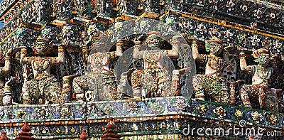 Wat Arun Bas-Relief