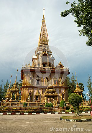 Wat Chalong Temple midday view