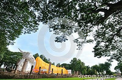 Wat Khun Inthapramun  Reclining Buddha