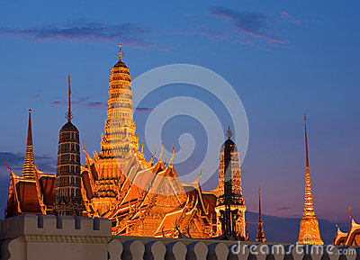 Wat Phra Kaew in twilight