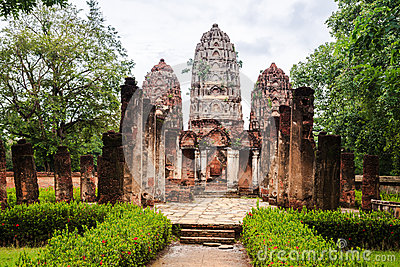 Wat sri sawai in sukhothai historical park
