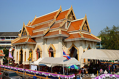 Wat Traimit Editorial Stock Photo