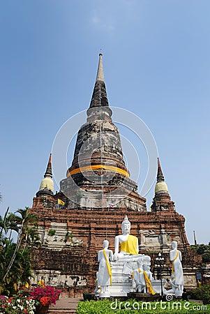 Free Wat Yai Chai Mongkol (Mongkhon) In Ayutthaya. Royalty Free Stock Photography - 22260677