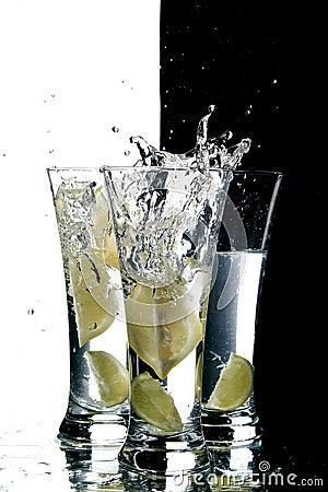 Free Water And Lemon Royalty Free Stock Image - 3088556