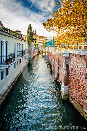 Free Water Canal In Venice Stock Photo - 78610620