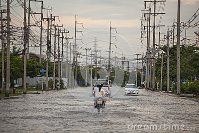 Water flooding attack to Amata Nakorn Industrial Estate Editorial Stock Photo