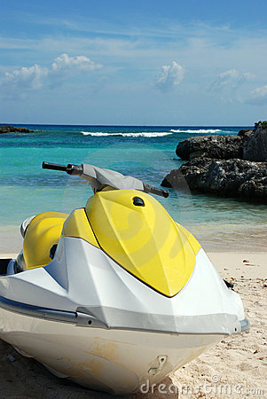 Free Water Jet-ski Scooter Stock Photography - 3815182
