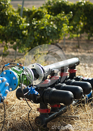Free Water Pumps For Irrigation Of Vineyards Stock Photo - 26972440