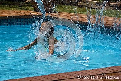Water Splashing Dive