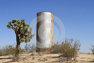 USA, California: Water Tower in the Mojave Desert