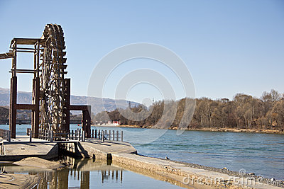 Water wheel in blue sky day Editorial Photo