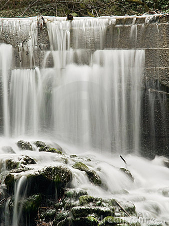 Free Waterfall Royalty Free Stock Photography - 2677077