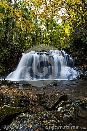 Waterfall in Autumn - Upper Falls of Fall Run Creek, Holly River State Park, West Virginia Stock Photo