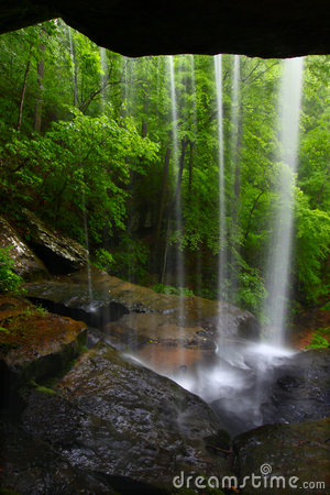 Free Waterfall In Northern Alabama Royalty Free Stock Photography - 16738337