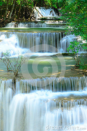 Free Waterfall In Tropical Deep Forest At Huay Maekhamin Stock Photography - 43658132