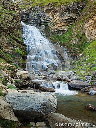 Free Waterfalls In Ordesa And Monte Perdido National Park In Pyrinees Royalty Free Stock Image - 124614866