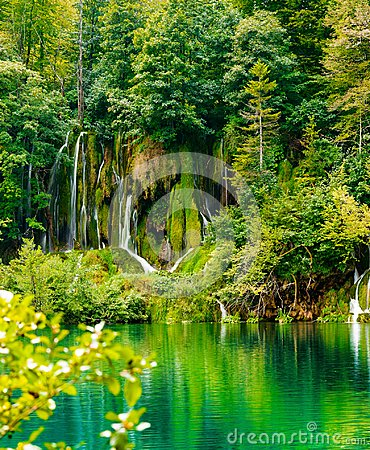 Free Waterfalls Of Plitvice Lakes National Park Stock Photo - 103638290