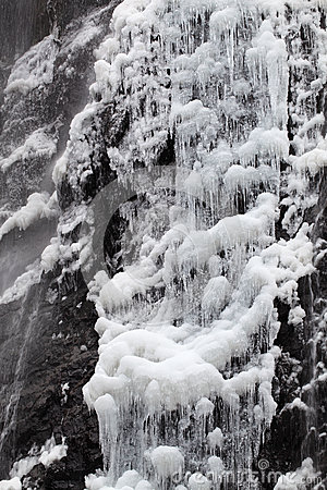 Waterval in de winter