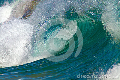 Wave / Surf Shore Break in Hawaii