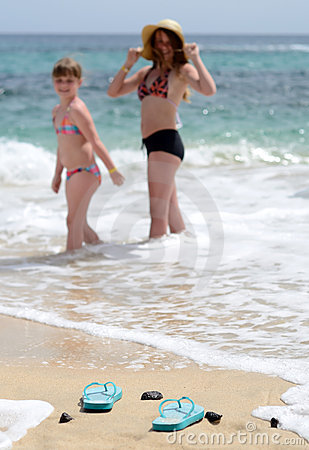 Wave taking flip flops