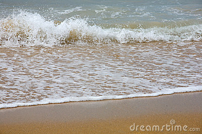 Waves Breaking On Shore Stock Photo - Image: 11547140