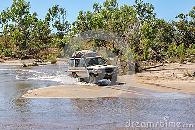 4WD crossing a river