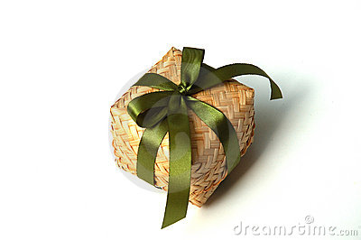 Weave bamboo gift box