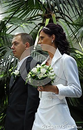 Wedded couple in garden