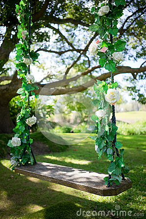 Free Wedding And Special Occasion Swing Royalty Free Stock Photos - 70969708