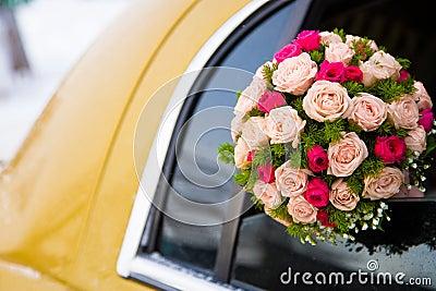 Wedding bouquet of limousine