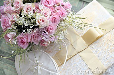 Wedding bouquet of roses.