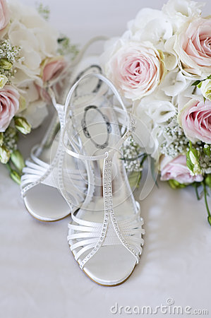 Wedding bouquet and shoes nobody