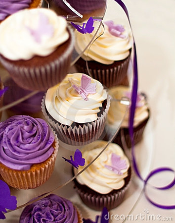 Free Wedding Cake -Closeup On Beautiful Yummy Cupcakes Royalty Free Stock Image - 14544836