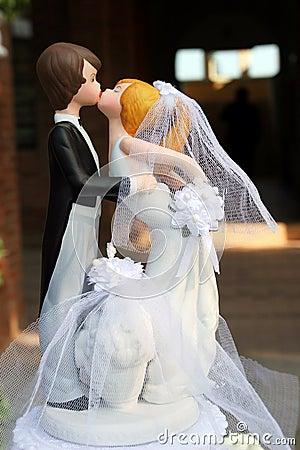 Free Wedding Cake Dolls Stock Photography - 8002412