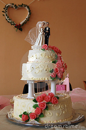 Free Wedding Cake Still Life Royalty Free Stock Images - 12520759
