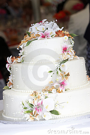 Free Wedding Cake With Candy Sugar Flowers Stock Image - 1563591