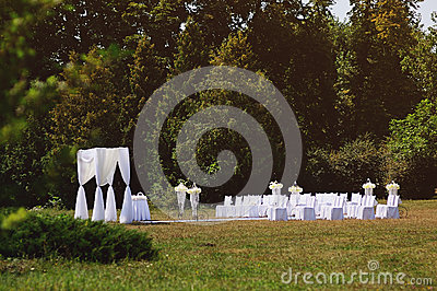 Wedding ceremony in garden