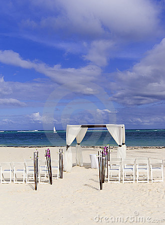 Wedding ceremony on the white caribbean beach