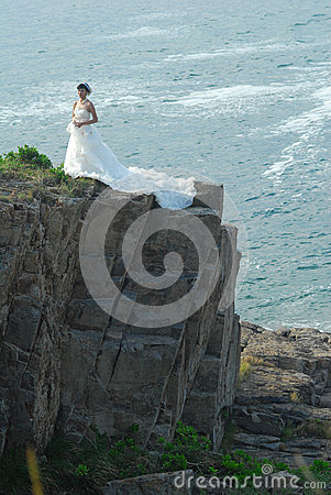 Wedding girl in Cliff