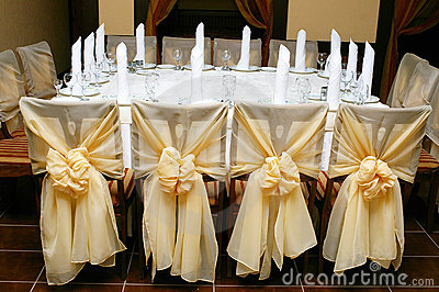 Wedding Reception on Wedding Reception Table Arrangement  Click Image To Zoom